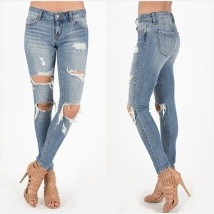 Low Rise Destroyed Jeans